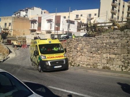 Ambulanza-saqaf-icedi-mellieha-e1389188049402
