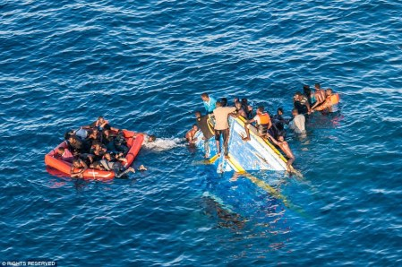 29803B7200000578-3117954-Tragic_Only_a_handful_of_the_near_450_migrants_on_board_the_sink-a-82_1433929825244